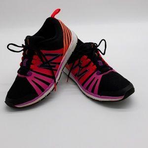 New Balance 811 Sneakers Sz 6 1/2